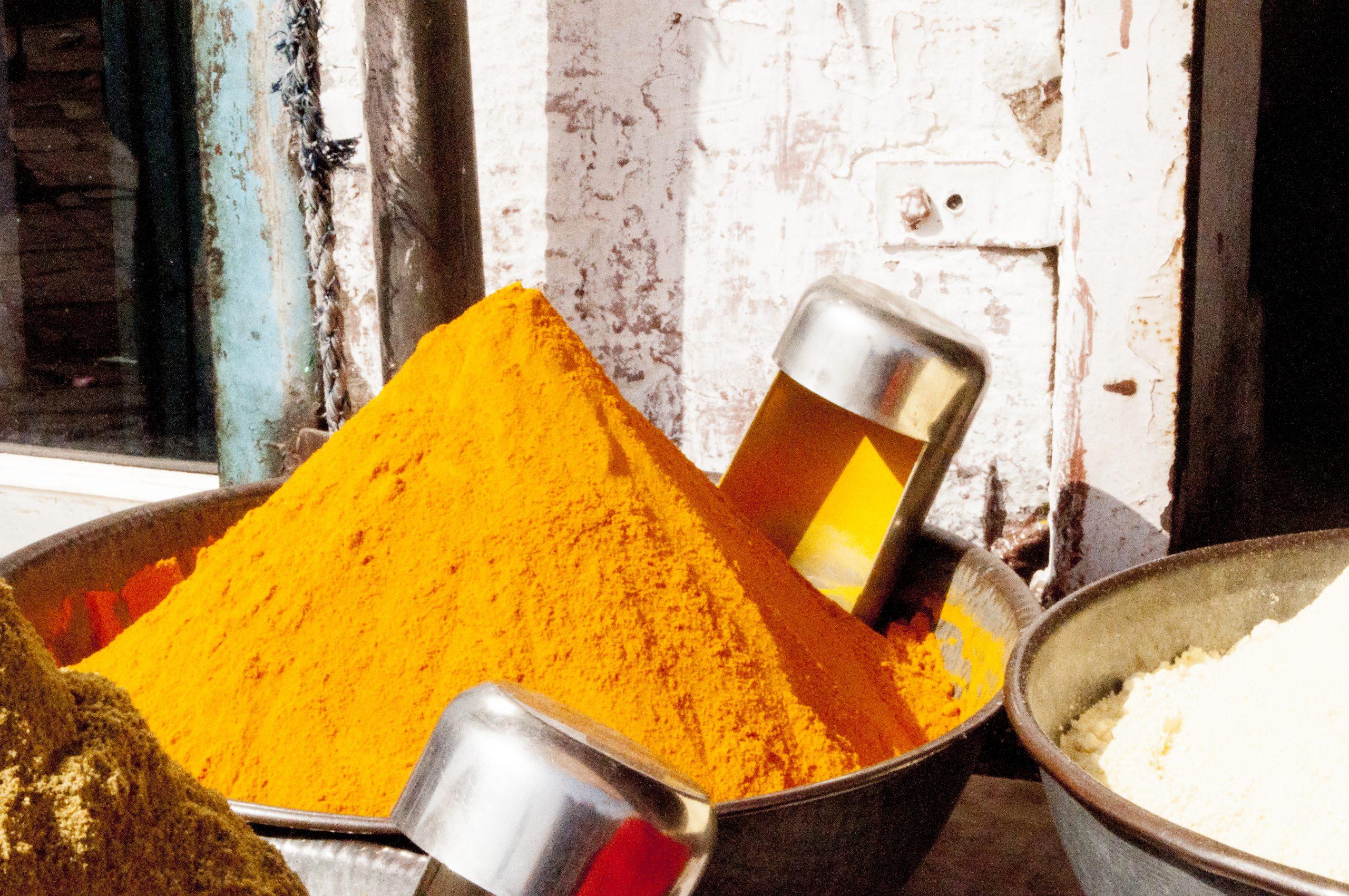 Des épices de terroir pour ensoleiller vos plats de mille saveurs