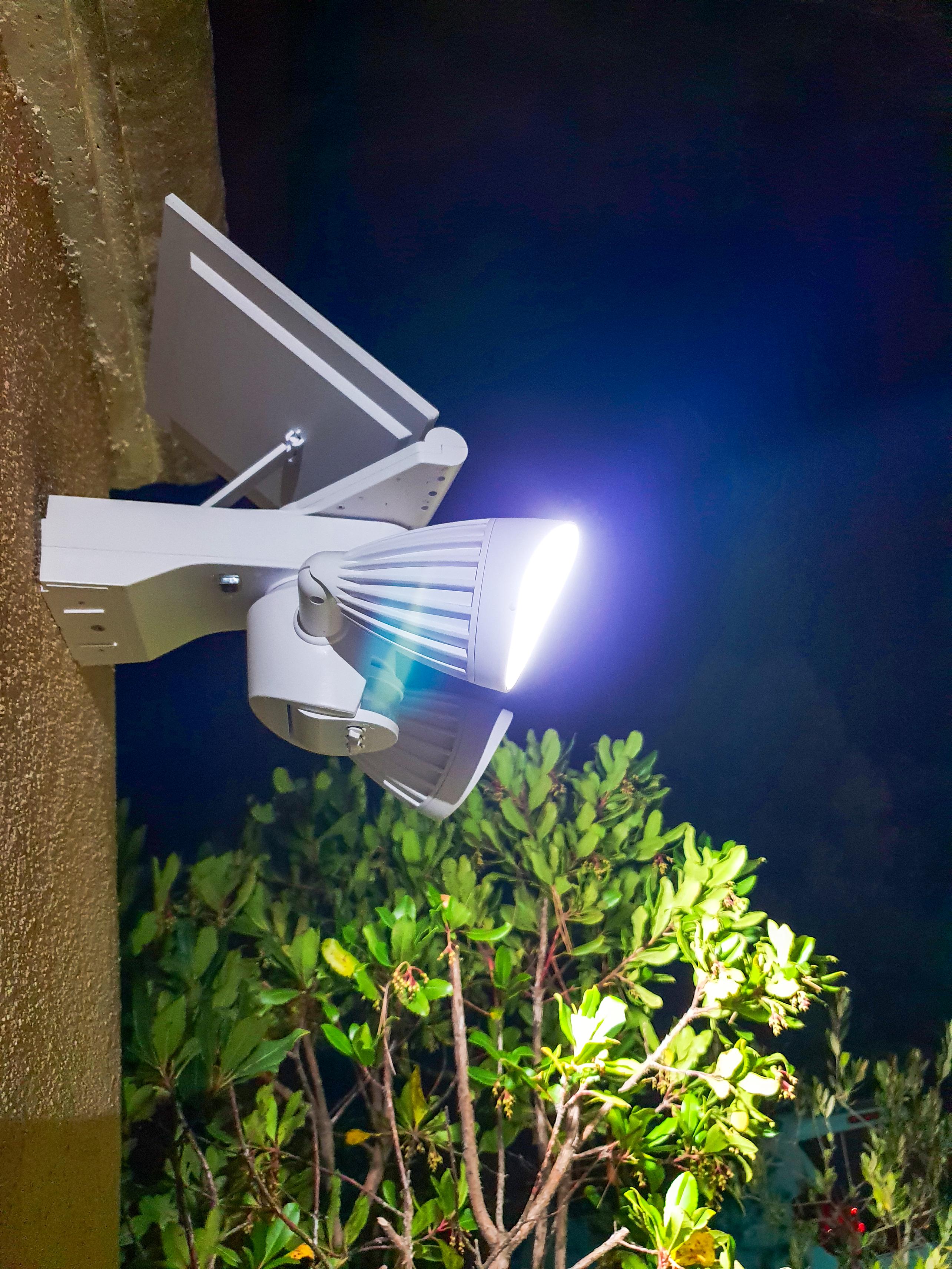 Ribimex : Un luminaire solaire pour éclairer avec goût votre jardin