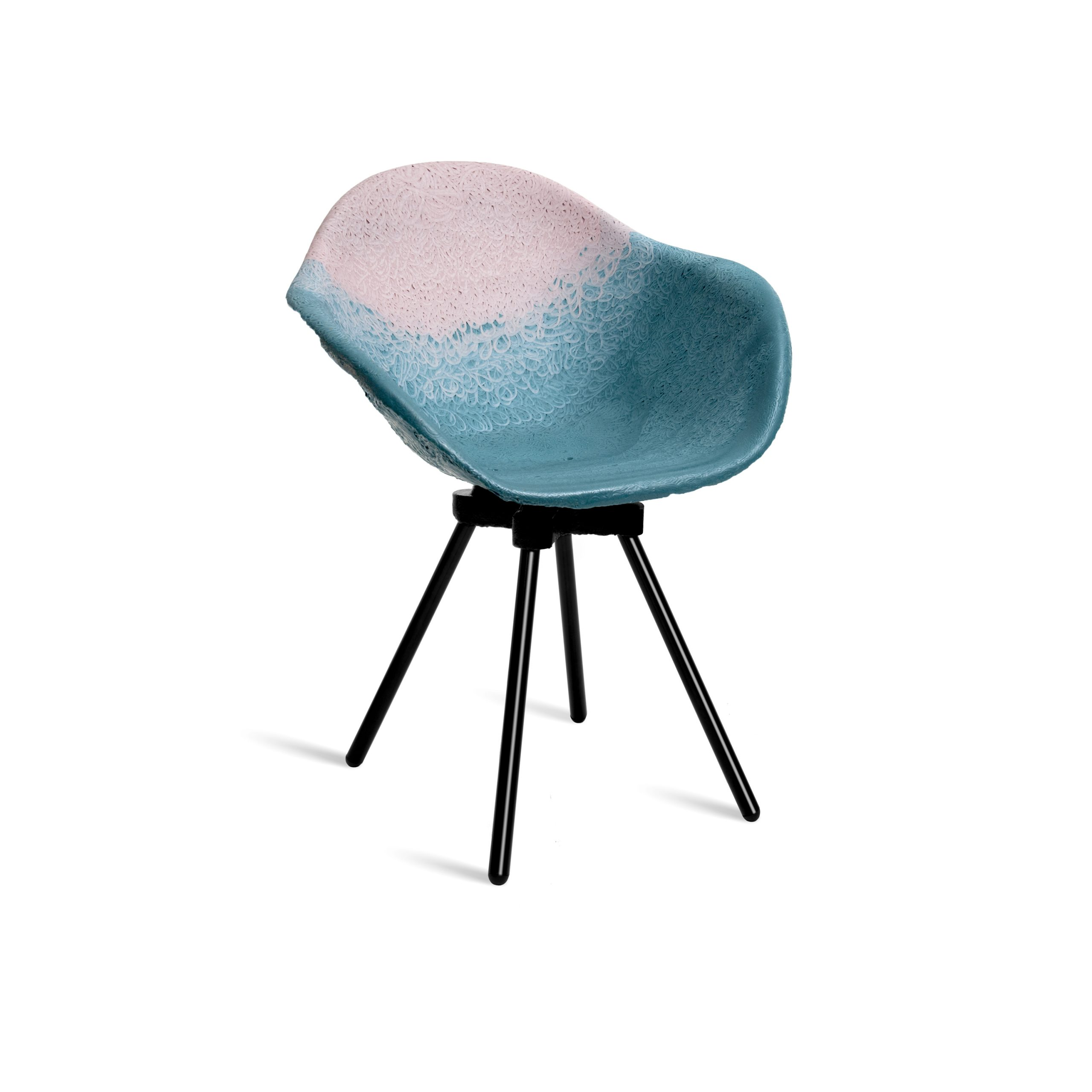 Maximum : Des meubles design et responsables grâce au recyclage industriel