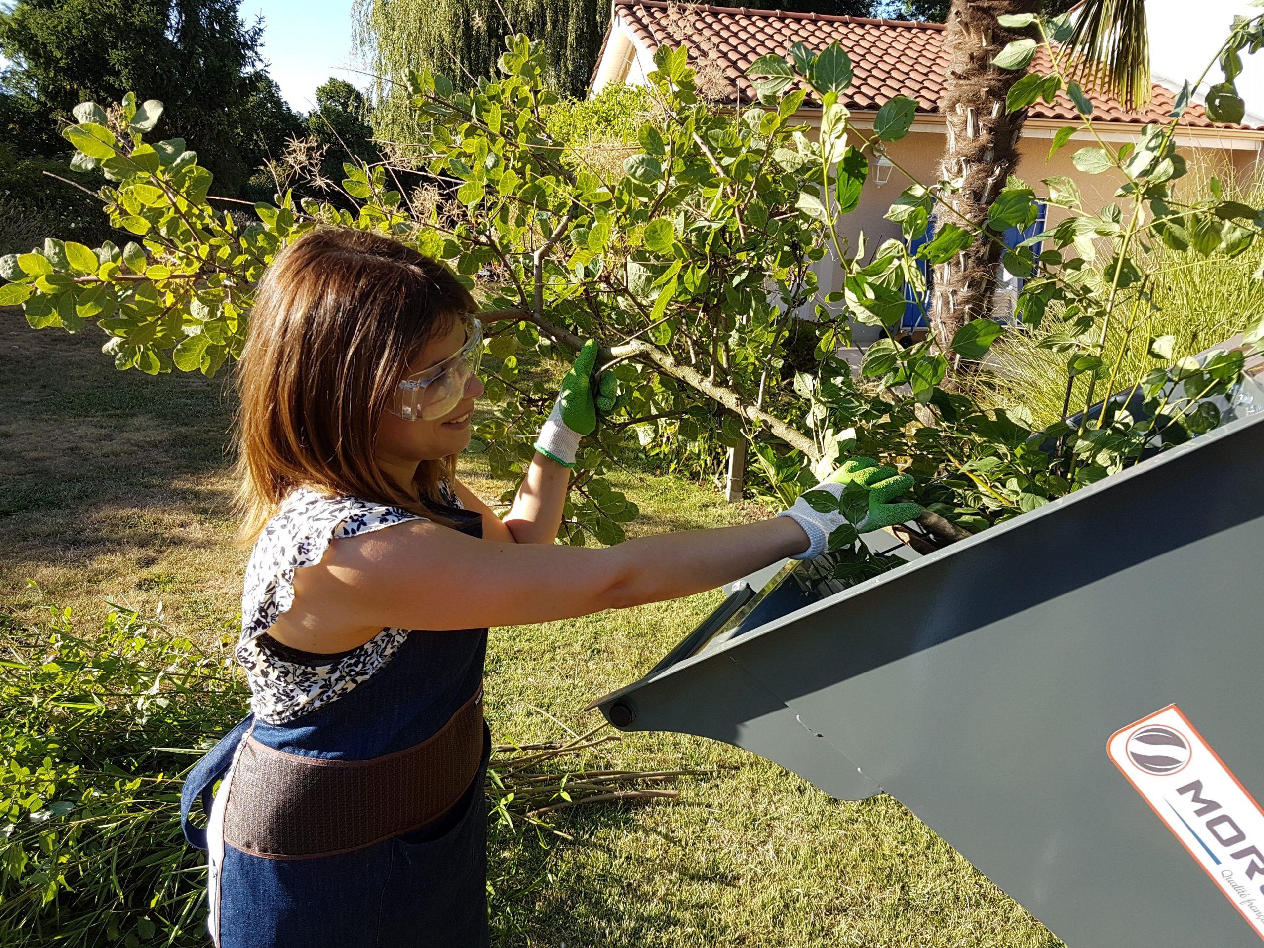 Morgnieux : Débarrassez-vous de vos déchets verts avec des outils pratiques et performants