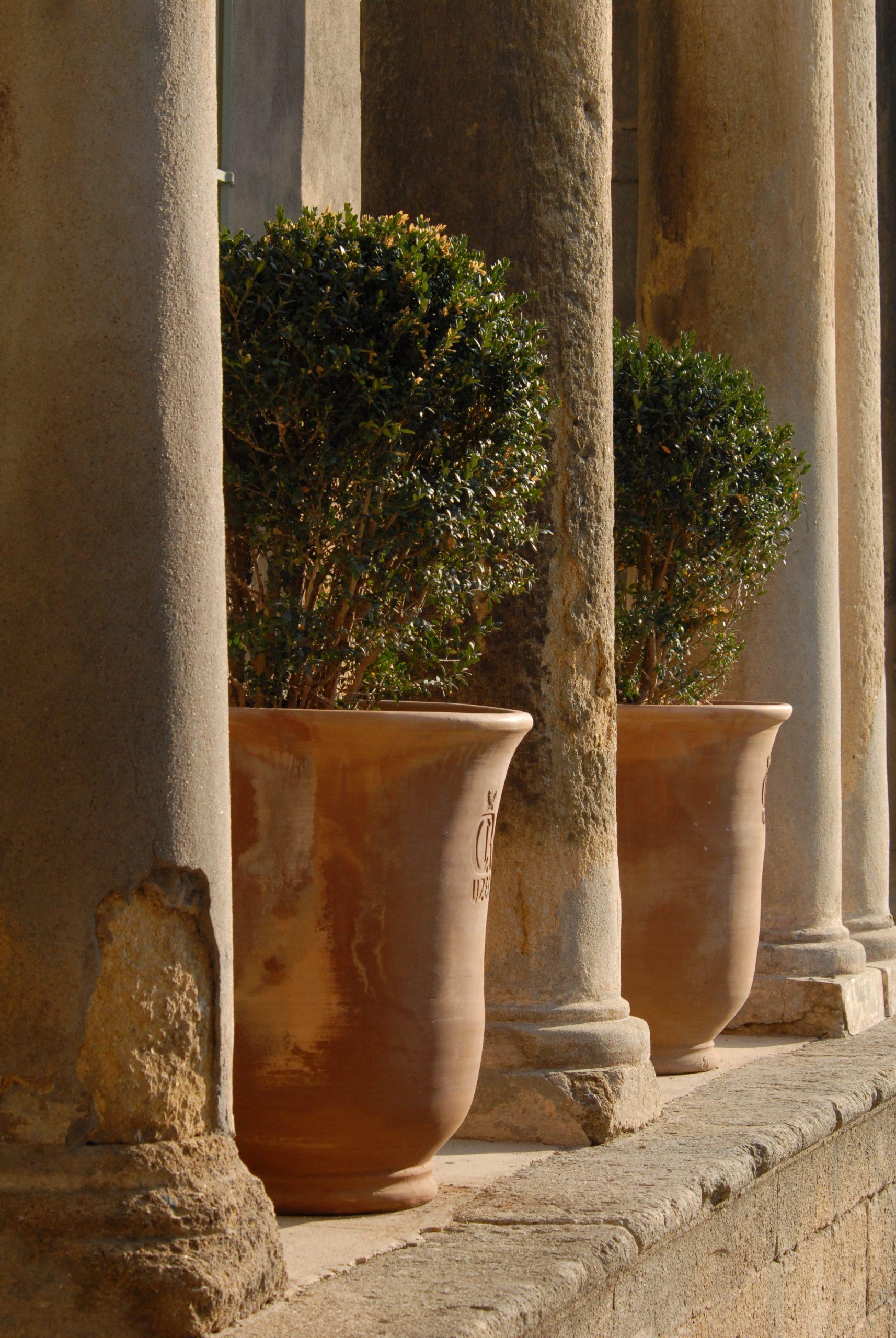 Les Pots d'Uzès : le patrimoine provençal sublimé par l'art de la poterie