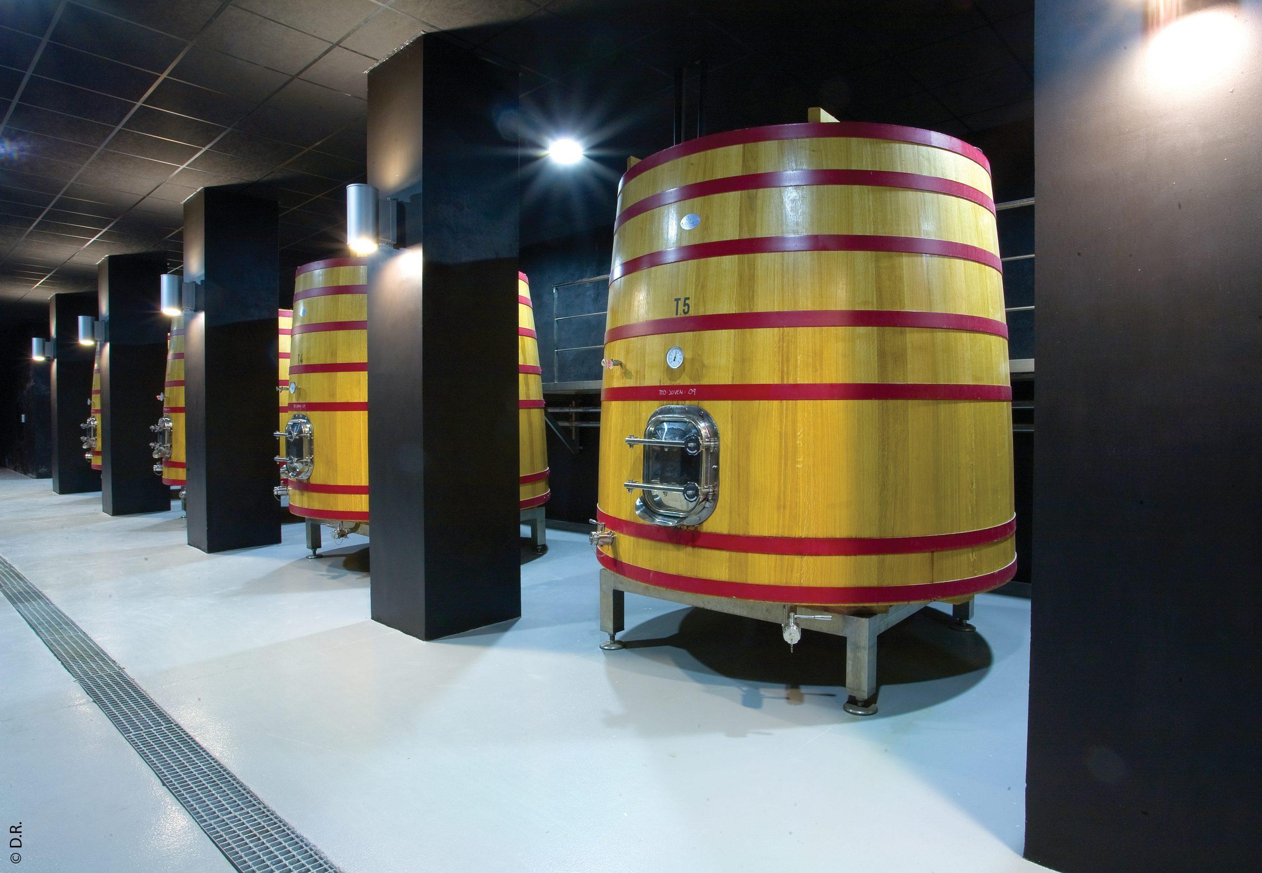 Savoir-faire français : un fût en chêne pour vos vins, Cognac, rhums, brandy et vinaigre