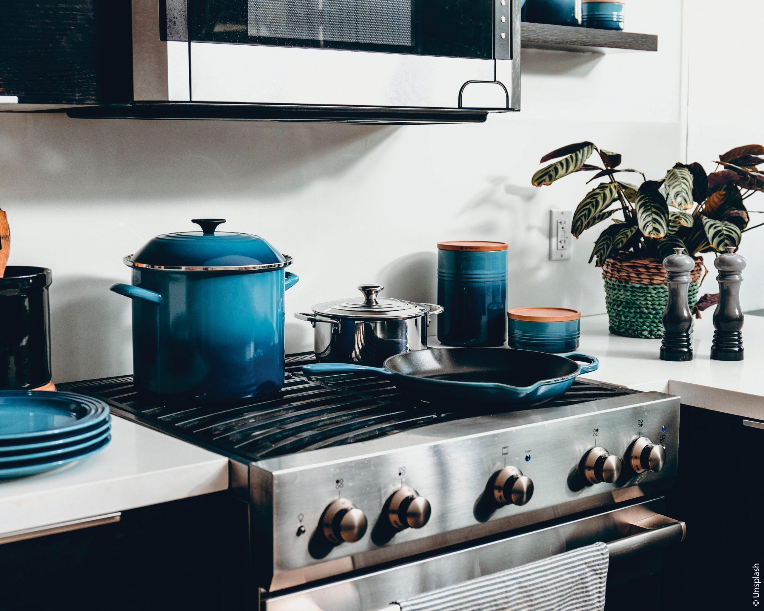 Arts de la table : comment bien choisir ses équipements de cuisine